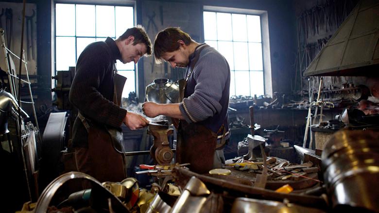 Blacksmiths Craft New Armour For Vatican Swiss Guard